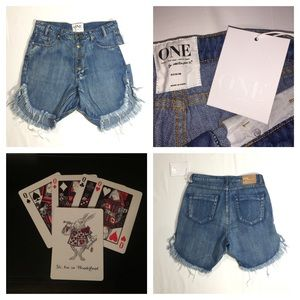 NEW One Teaspoon Frankies Jean Shorts 27 Cobaine